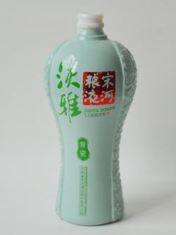 青瓷烤花瓶